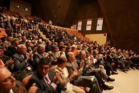 La certificación internacional del español como lengua extranjera: entre la megalomanía y la necesidad de los hablantes