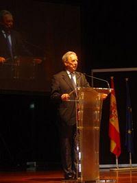 La riqueza de las lenguas, 5: el miedo de los hablantes de lenguas subalternas (o carta abierta a Mario Vargas Llosa)